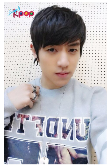 barom yu, special MC for simply kpop this upcomming tuesday~be sure to tune in~