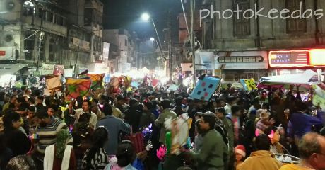 vadodara india streets people kite